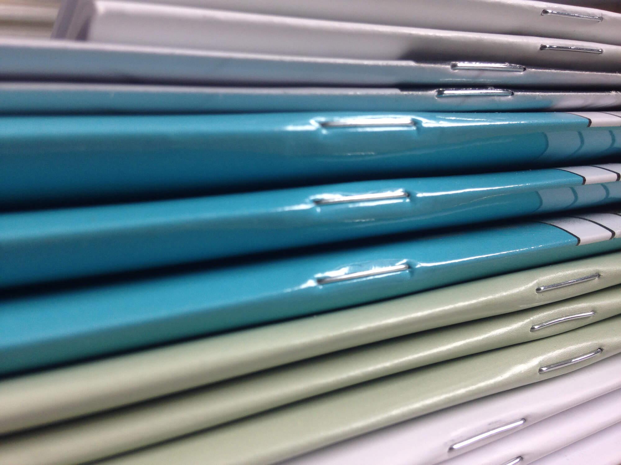 Reliure agrafe imprimerie IGO